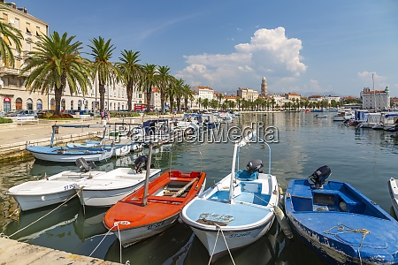 split harbour with cathedral of saint